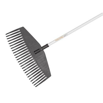 Fiskars Light Leaf Rake